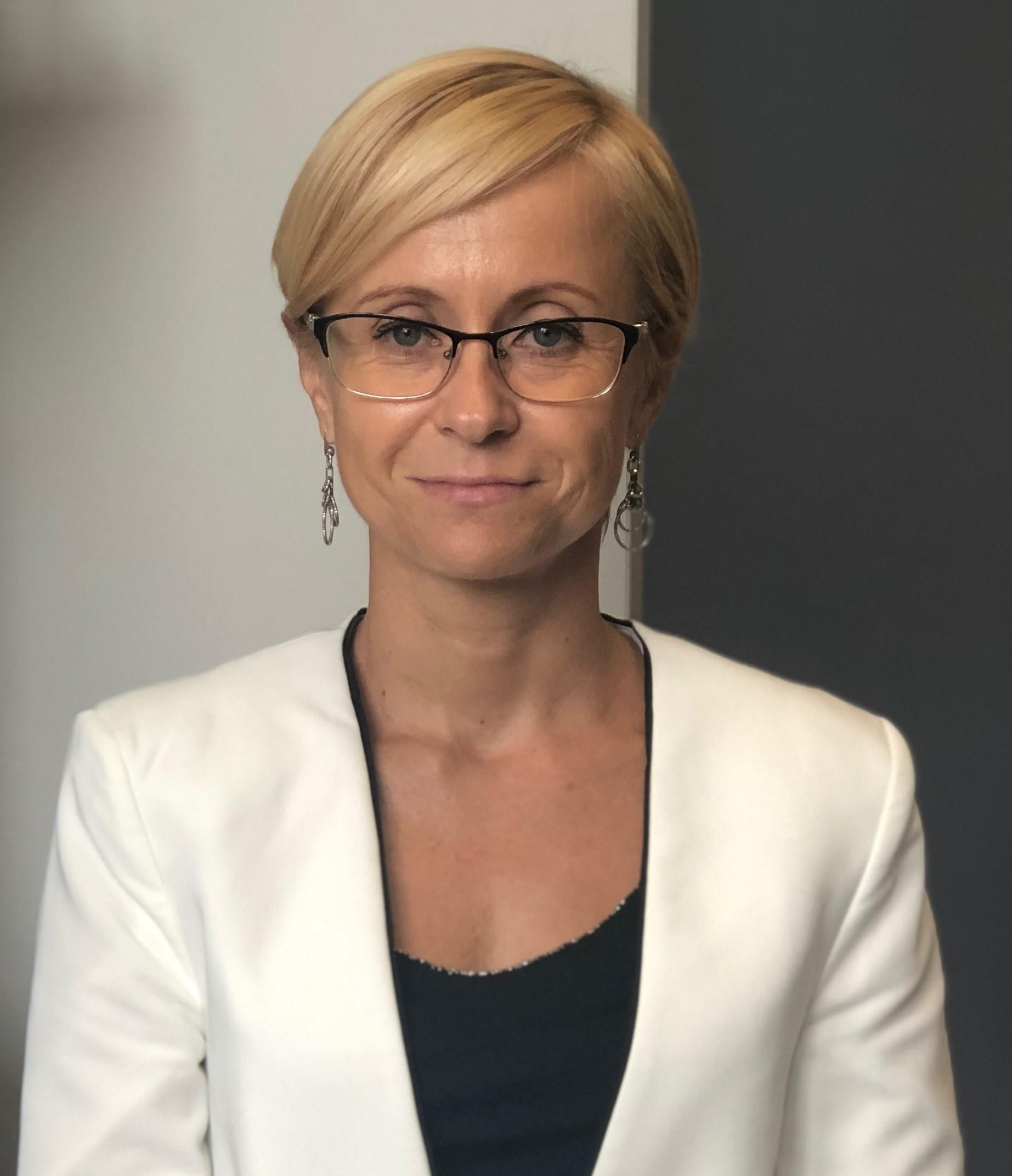 dr hab. RENATA BARCZYŃSKA-FELUSIAK
