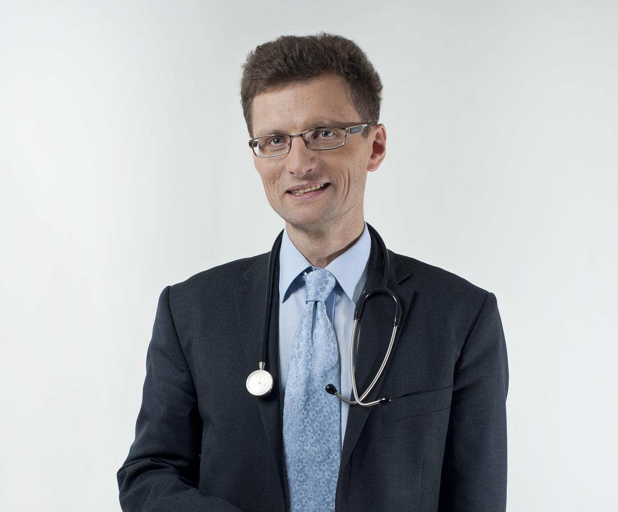 prof. dr hab. n. med. PIOTR SOCHA