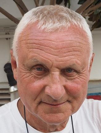 prof. dr hab. n. med. Janusz Książyk